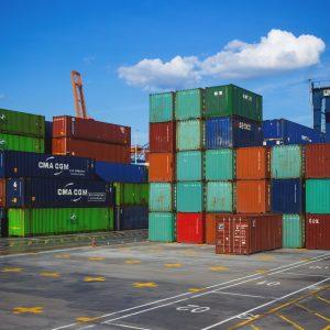 Import-export-towarów